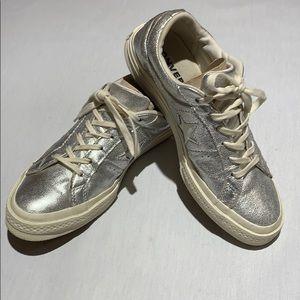 Converse One Star Metallic Silver Ox Lo Sneakers